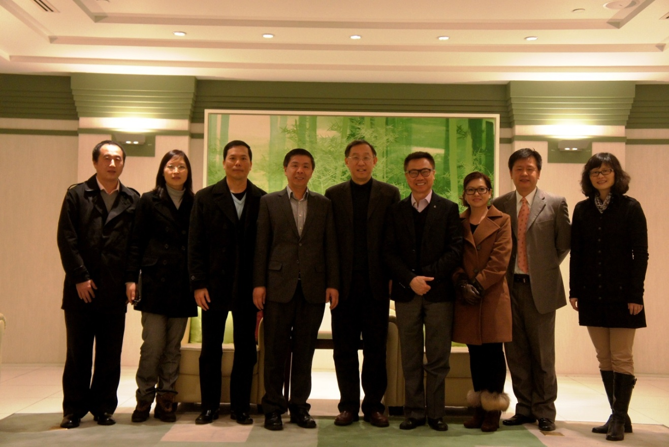 """Amsino and Fudan University will start an"""" industry application aligns with academic research"""" project"""